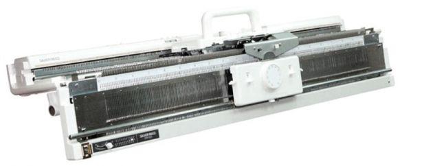 SILVER REED SK840/SRP60N Двухфонтурная компьютерная вязальная машина 5 класса Silver Reed SK840/SRP60N фото №1
