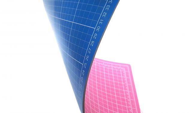 Коврик для раскройных ножей, двухсторонний, двухцветный (30x45см)  DW-12123 (AC) фото №1